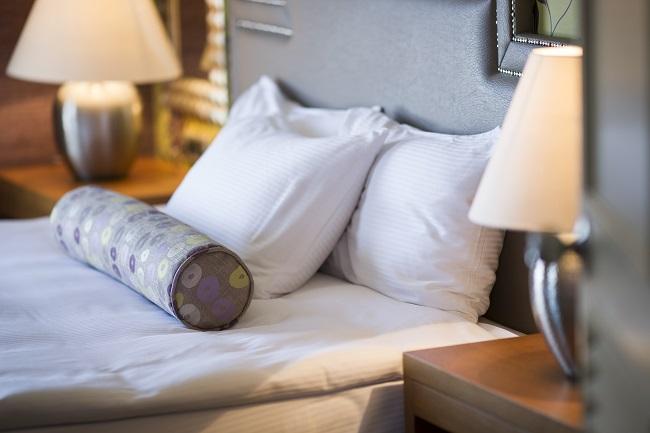 Travesseiro e roupa de cama