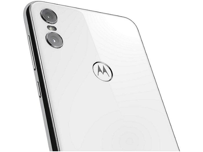 Motorola One câmera