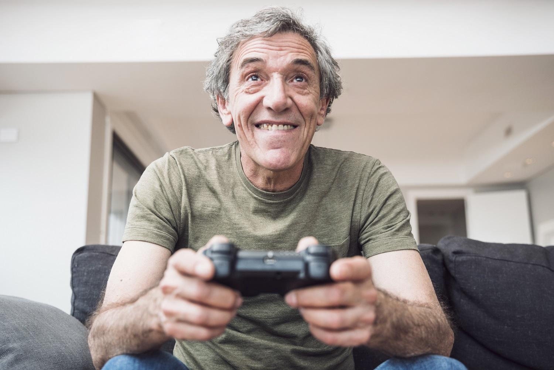Jogando videogame