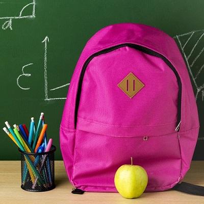 mochila escolar volta às aulas