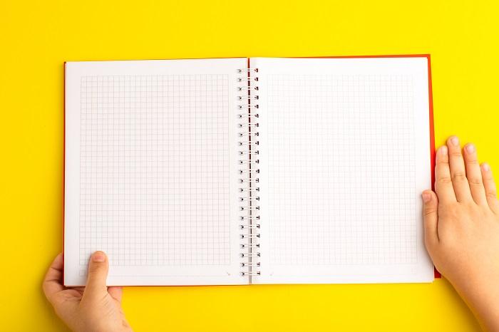caderno aulas escolares